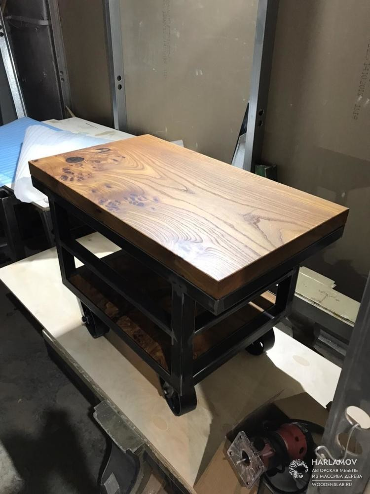 Журнальный стол в стиле Industrial — WoodenSlab.ru