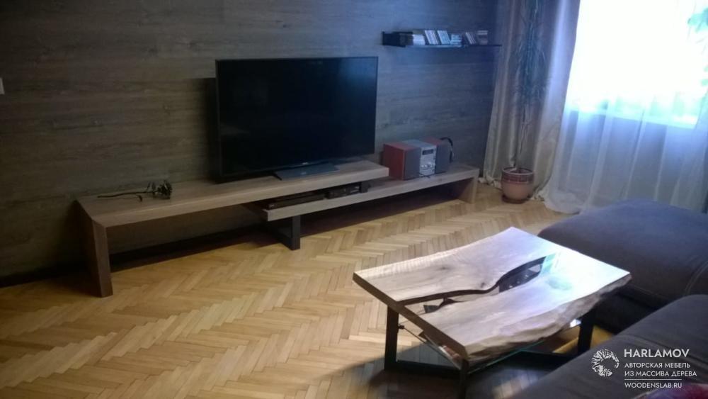 Журнальный стол «Река» из ореха — WoodenSlab.ru