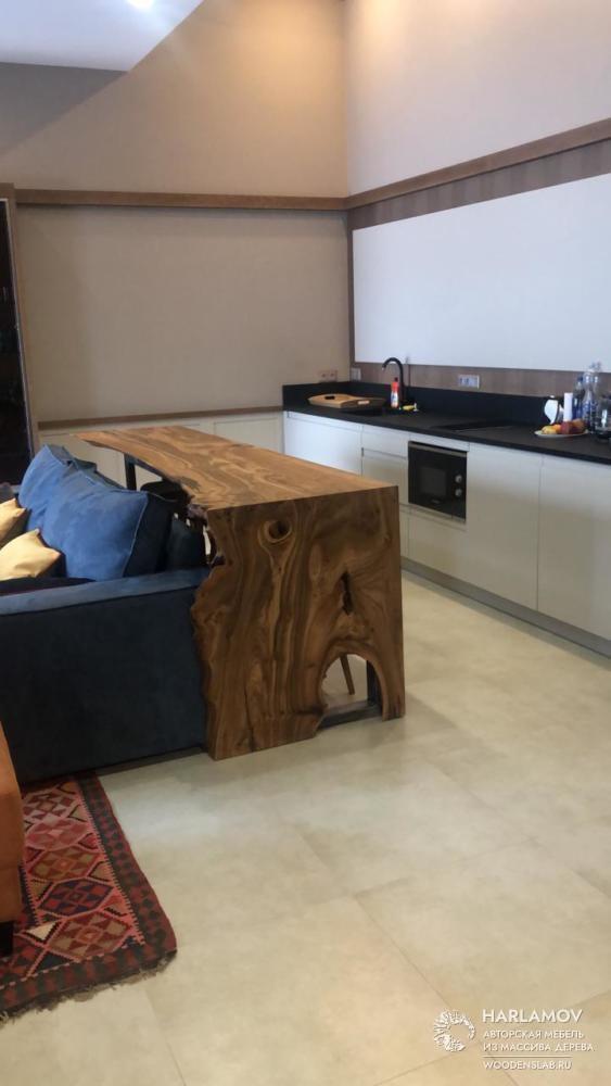 Барная стойка из слэба карагача — WoodenSlab.ru
