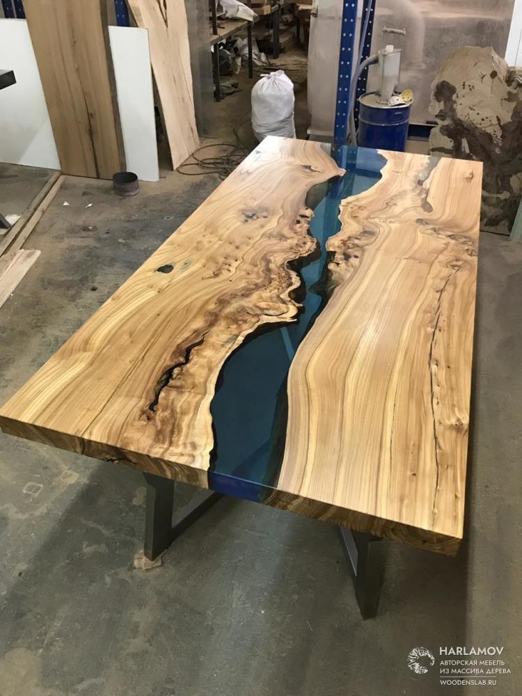 Стол «Река» из карагача — WoodenSlab.ru