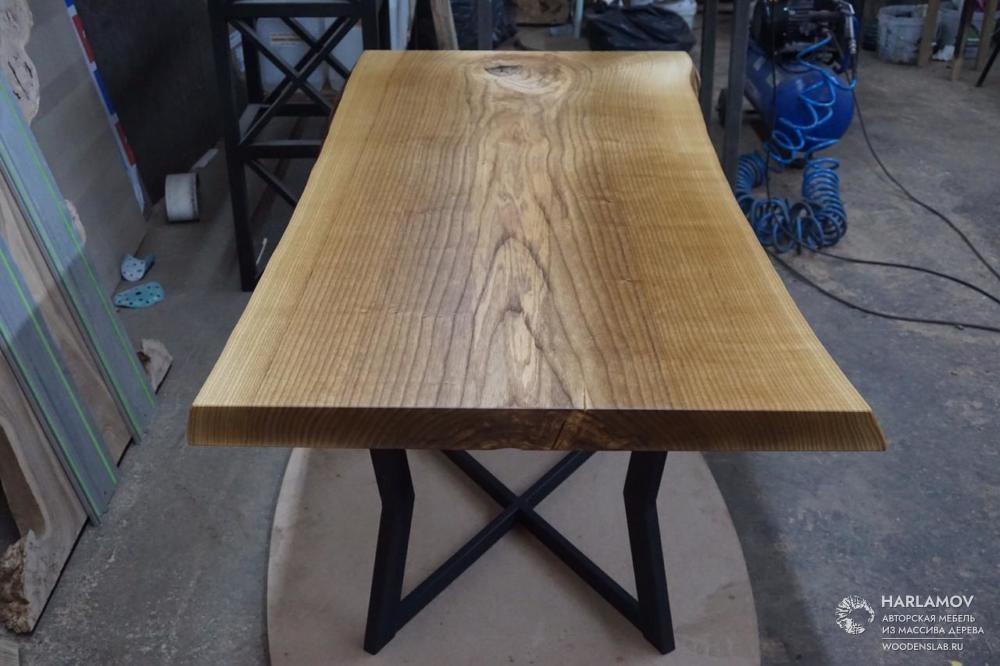 Стол из слэба ясеня — WoodenSlab.ru