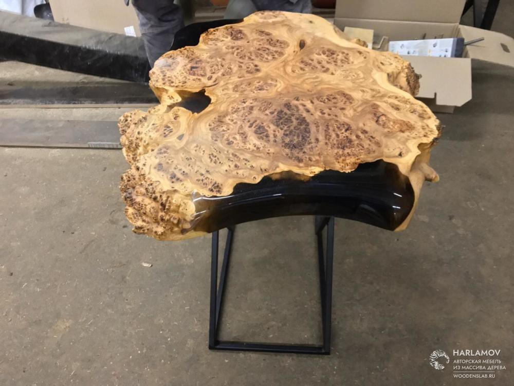 Журнальный стол из массива карагача — WoodenSlab.ru