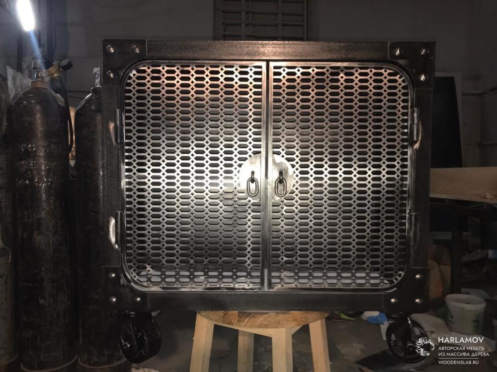 Тумба из металла в стиле industrial — WoodenSlab.ru